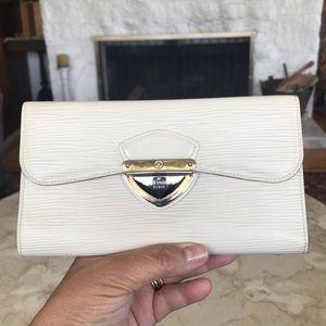Authentic Louis Vuitton Eugenie Epi Wallet